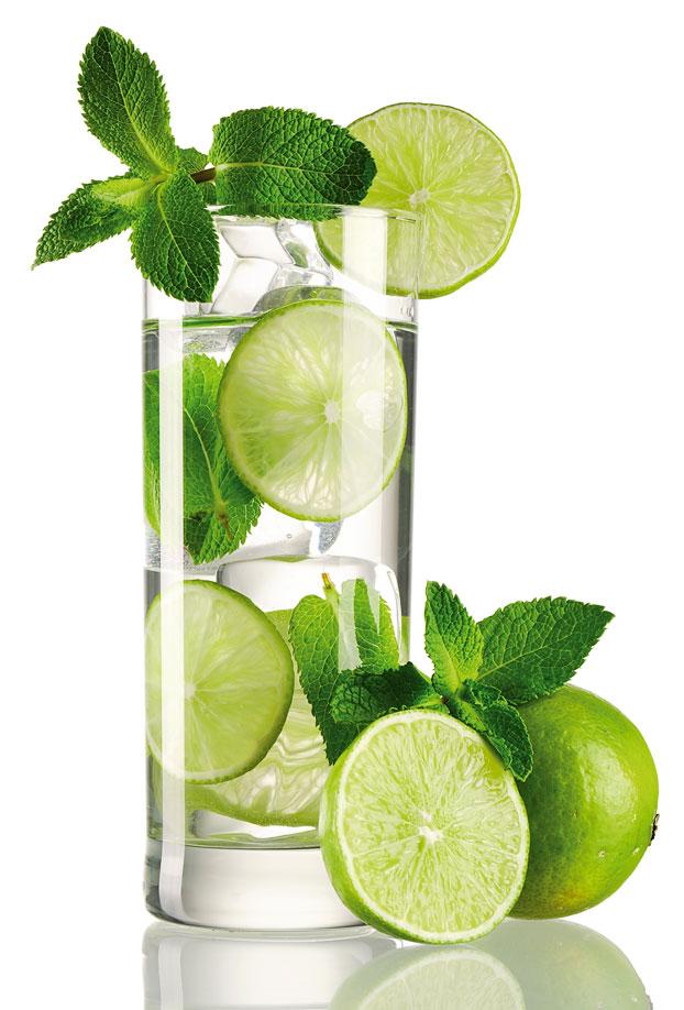 caipirina-menta-limoni-cocktail